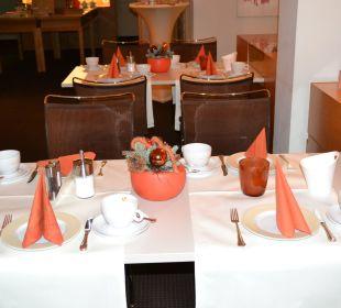 Nett eingedeckter Tisch Hotel Victoria Nürnberg