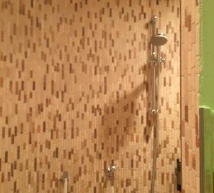 Dusche im Saunabereich Hotel Schönruh