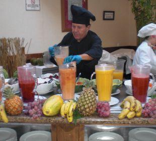 Frische Fruchtsäfte werden zubereitet Gran Tacande Wellness & Relax Costa Adeje