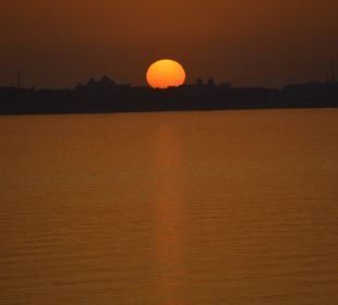 Sonnenuntergang SENTIDO Gold Island