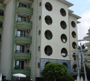 Budynek główny Hotel Krizantem
