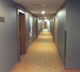 Ganz zum ZImmer MONDI-HOLIDAY First-Class Aparthotel Bellevue