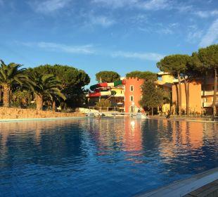 Blick auf die Rutsche Tirreno Resort
