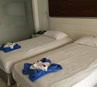 Zimmer im Bungalow  SENTIDO Gold Island