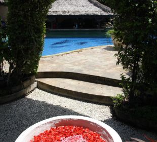 Blütenschale COOEE Bali Reef Resort