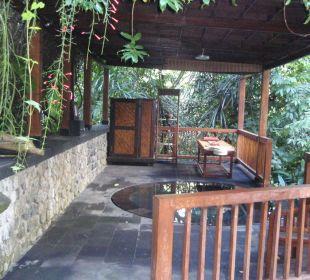 Jacuzzi beim Spa Hotel Nandini Bali Jungle Resort & Spa