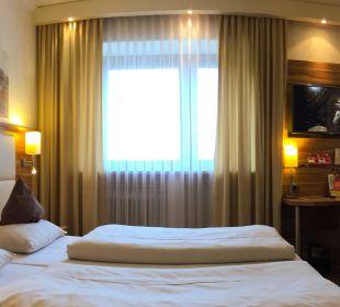 Gästezimmer comfort City Hotel Ost am Kö Augsburg