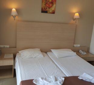 Stylisches Zimmer Eurohotel Katrin Hotel & Bungalows