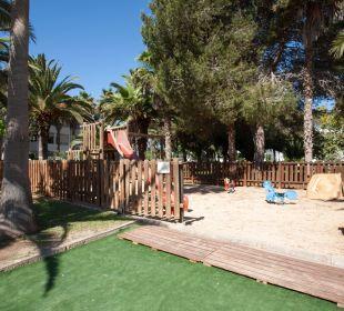 Playground OLA Aparthotel Cecilia