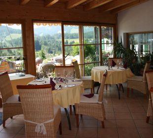 Wintergarten und zweiter Speiseraum Hotel Alpenhof Jäger