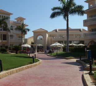 Teren hotelu Hotel Tropicana Azure Club