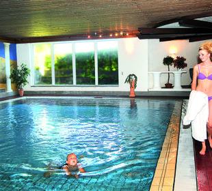 Schwimmbad 8x10 m Hotel Traube