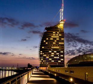 Außenansicht Nacht Atlantic Hotel Sail City