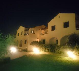 Hotelanlage bei Nacht Hotel Corfu Pelagos