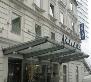 Eingangsbereich Hotel Novotel Wien City
