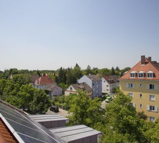 Ausblick Richtung Hirschgarten Hotel Kriemhild am Hirschgarten