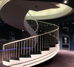 Zugang zum Casino. Untergeschoss. Öffentliches WC Park Inn By Radisson Lübeck
