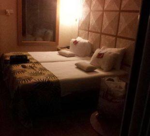 Ankunft in der Nacht Hotel Defne Defnem