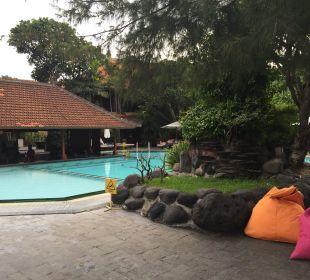 Der Erste Pool Hotel Griya Santrian