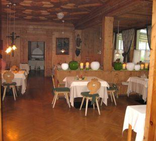 Einer von drei Restaurantbereichen Hotel La Maiena Meran Resort