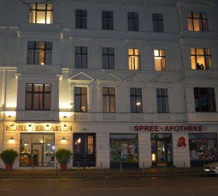Eingang abends Hotel Tiergarten Berlin