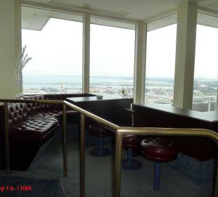 Roucherlounge neben der Skybar in der 19. Etage Hotel Neptun