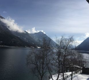 Blick auf den Achensee vom Zimmmer Travel Charme Fürstenhaus Am Achensee