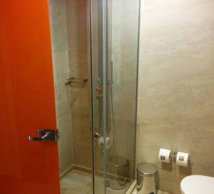 Dusche und WC Hotel Resort & Spa Avra Imperial Beach