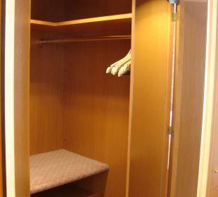 Begehbaarer Kleiderschrank Hotel Meerane