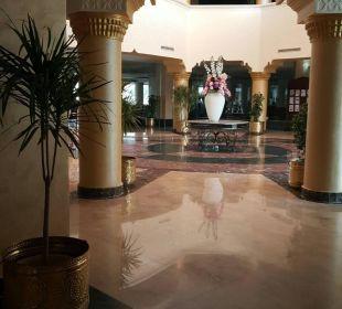Lobby Hawaii Le Jardin Aqua Park Resort