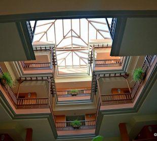 Innenhof Hotel Riu Garoe