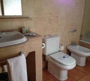 Bathroom Apartments and Bungalows Sol Barbacan