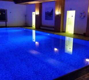 Super Hallenbad! Alm- & Wellnesshotel Alpenhof