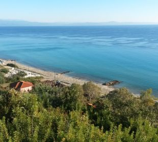 Weißer Sandstrand, Blick vom Hotel Blue Bay Halkidiki