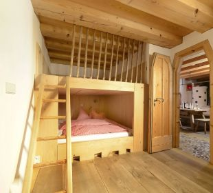 Tolle Kinderzimmer mit Hänsel- und Gretelbetten Hotel Hagerhof