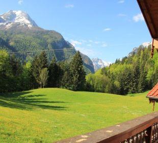 """Ausblick vom Balkon der Fewo2 """"Watzmann"""" Pension Auf'm Feggenlehen"""
