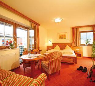 Familienzimmer mit Balkon Familienhotel Loipenstub'n