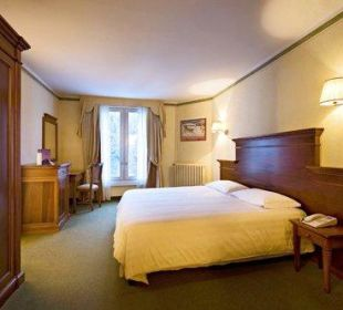 Room Hotel Reine Victoria by Laudinella