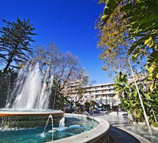 Fuente Alameda, Hotel al fondo Hotel San Cristobal