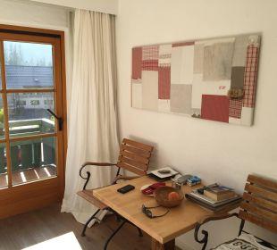 Esstisch mit frischen Äpfeln Hubertus Alpin Lodge & Spa