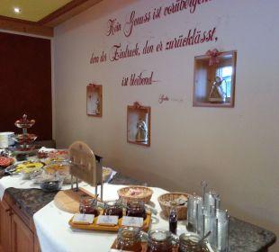 Frühstückbuffet Alm- & Wellnesshotel Alpenhof