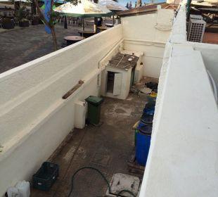 Blick vom Balkon aus Zimmer 140