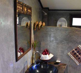 Bad Hotel Baan Chai Thung