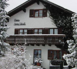 Tief verschneit Haus Anny Schall