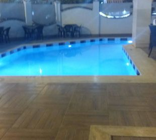 Kleiner Pool Hotel Artemis Princess