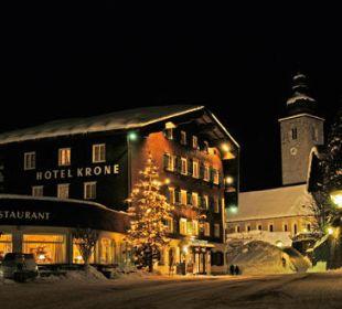"""Romantik Hotel """"Die Krone von Lech"""" im Winter Romantik Hotel Die Krone von Lech"""