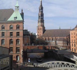 Toller Blick vom Comfortzimmer AMERON Hotel Speicherstadt Hamburg