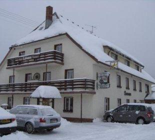 Löwen im Winter Gasthaus Löwen