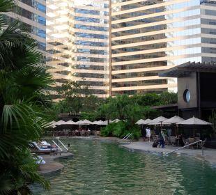 Pool Renaissance Harbour View Hotel Hong Kong