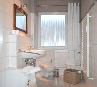 Herbstwind App.2 Badezimmer Villa Herbstwind - Appartementvermietung Binz